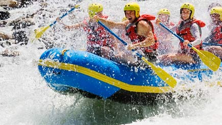 White water rafting - Pure water drivien adrenaline